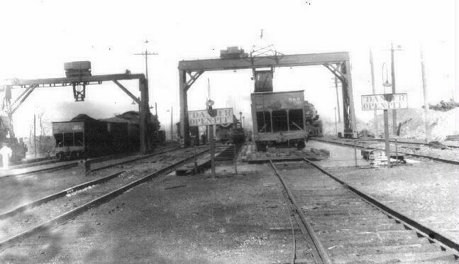 coalcars.jpg