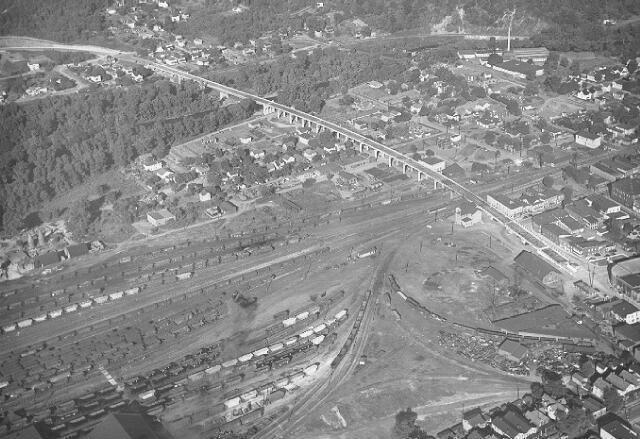eastyardcira1960.jpg